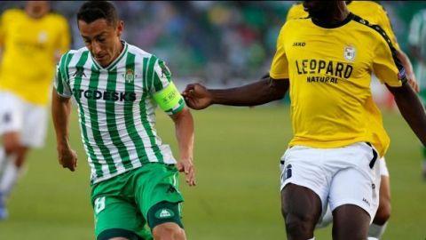 Guardado será baja del Betis debido a lesión en la pierna izquierda