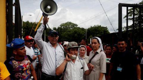 """Jimmy Morales le dice a EE.UU. que ninguna ayuda puede ser """"condicionada"""""""