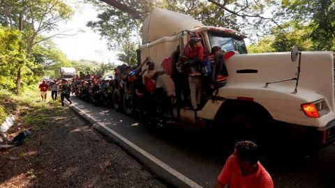 Unos 6 migrantes guatemaltecos mueren en un accidente de tráfico