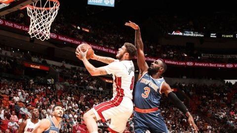 Heat anota 45 en el 3er periodo y arrolla a Knicks