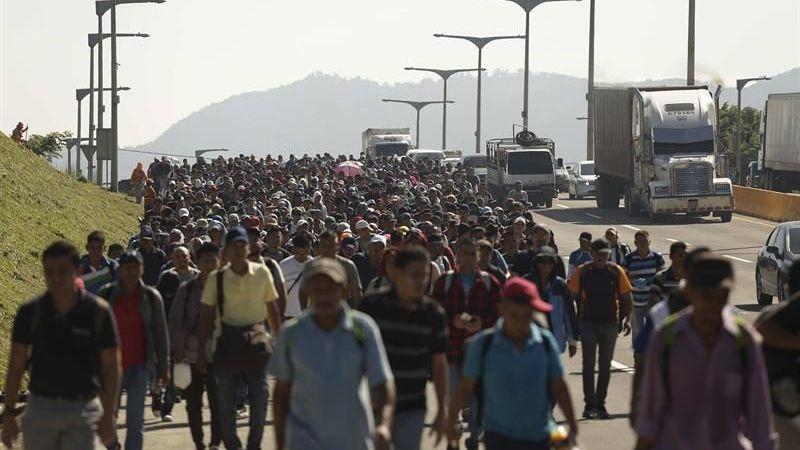 Image result for Caravana migrante llega a Veracruz, tercera etapa de su odisea mexicana