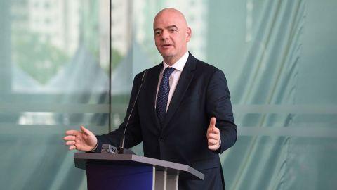 Infantino desconoce motivo de suspensión de fiscal de FIFA