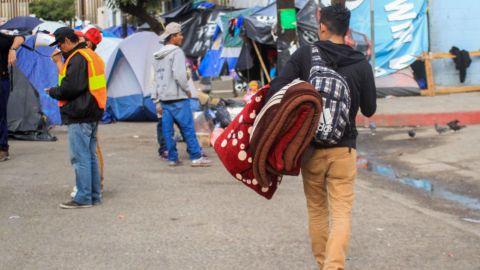 Mil migrantes de caravana ya cruzaron a EU, estiman