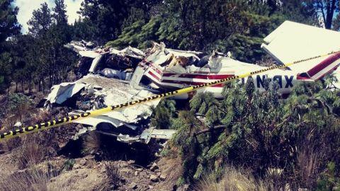 Desplome de avioneta en Puebla deja dos muertos