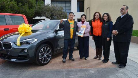 Entregan casa y coches a ensenandenses ganadores del Sorteo UABC