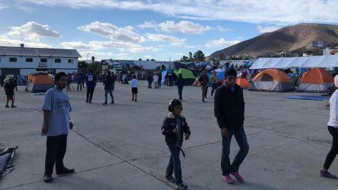Quedan alrededor de 500 migrantes en El Barretal