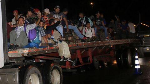 Nueva caravana migrante adelanta salida en Honduras