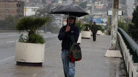 Autoridades piden a ciudadanos estar alerta ante las lluvias