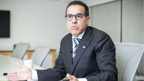 AMLO no eligió a Banco Azteca por cuates: Valenzuela del Río