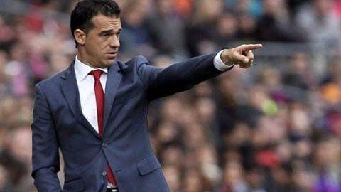 En zona de descenso, Villarreal despide a su director técnico