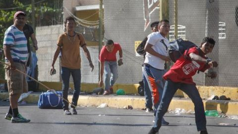 Detienen en México a un migrante hondureño de caravana por feminicidio