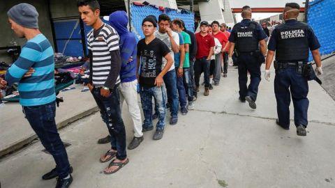 Llegan primeros migrantes de caravana a Matehuala