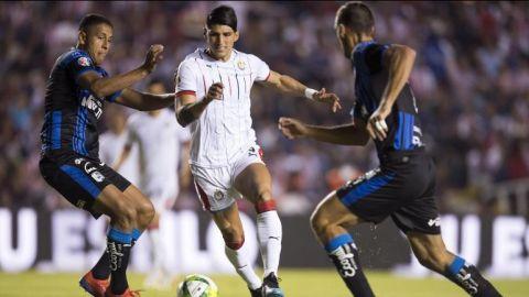 Chivas empata con Querétaro antes del doble Clásico