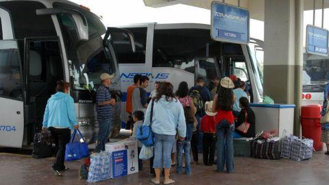 """Migrantes sustraídos en Tamaulipas habrían contratado """"polleros"""""""