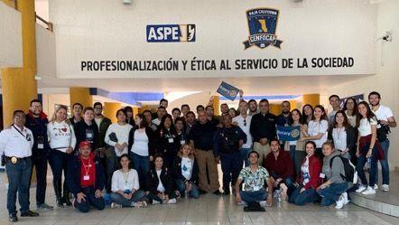 Recorren CENFOCAP  integrantes de Club Rotario Internacional