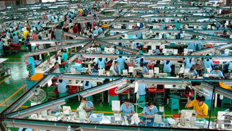 Miles de trabajadores de la maquila afectados por el outsourcing