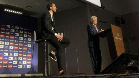 """Diego Godín dejará el Atlético: """"Soy un hincha más"""""""