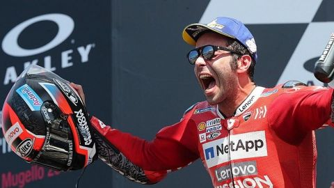 Petrucci vence a Márquez y a Dovizioso para ganar por primera vez