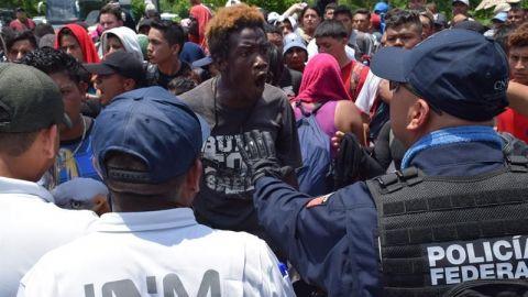 Refuerzan vigilancia en frontera, pero cruces no cesan