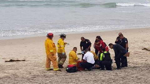 Lesionado a balazos en la playa