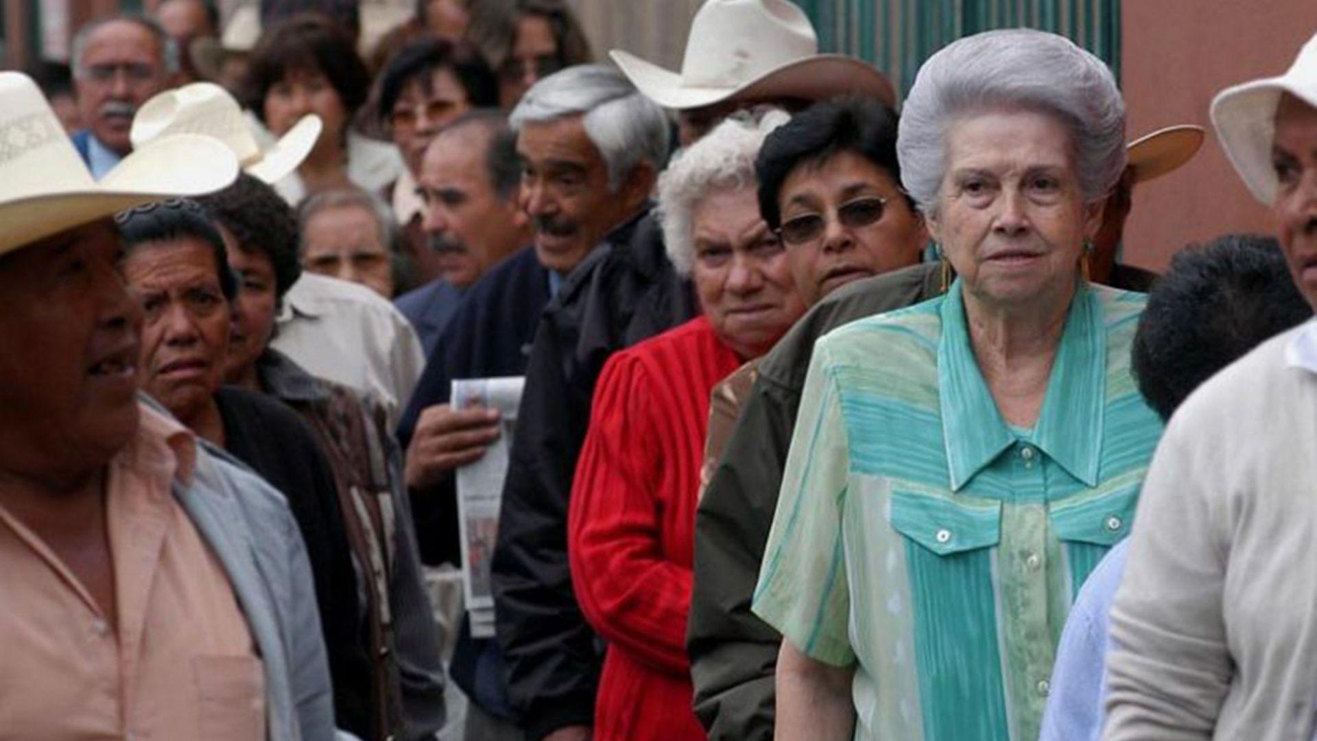 Resultado de imagen para pensionados afore