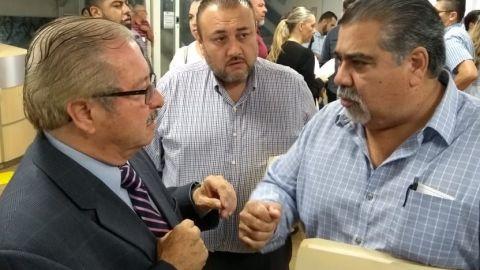 Empapelan a funcionarios municipales de Tijuana