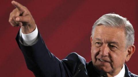 """""""Ejército y Marina soportan estabilidad política, económica y social"""": AMLO"""