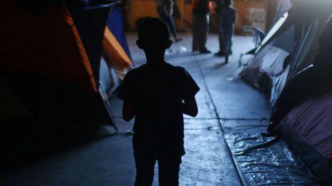 Abandonan a menores migrantes en Tijuana