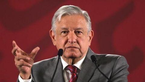 "AMLO llama a Calderón ""Comandante Borolas"""