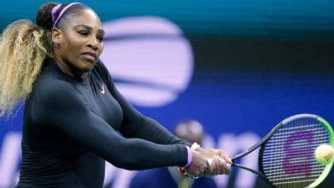 Serena Williams vapuleó a Sharapova en el inicio del US Open