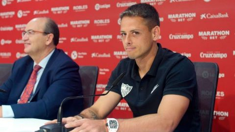 ''Chicharito'' sacrificó en lo económico para venir a Sevilla: ''Monchi''