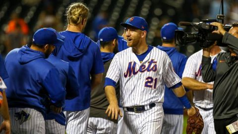 Wilson respalda a Wheeler y Mets superan 3-2 a Diamondbacks