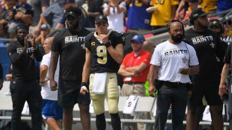 Brees sale lesionado en derrota de Saints ante Rams