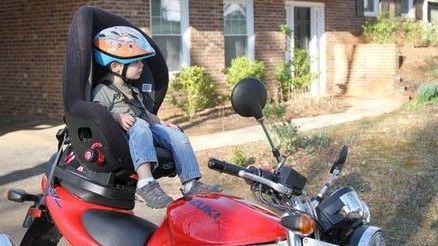No más niños menores de 5 años en motos