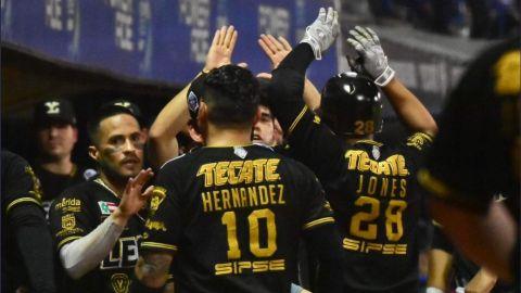 Los Leones pegan primero en la final de la Liga Mexicana de Béisbol