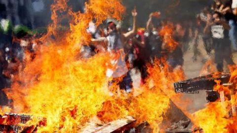 Suben a 13 los muertos en Chile en medio de las protestas en todo el país