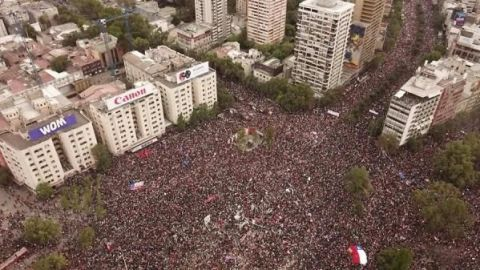 Un millón de personas marchan en Chile contra Piñera y la desigualdad social