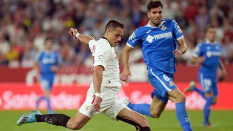 'Chicharito' se estrena en Liga con el Sevilla