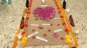 Instalan en Nuevo León altar por feminicidios; exigen justicia