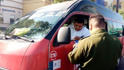 Realizan operativo para detectar irregularidades del transporte público