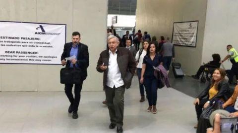 VIDEO: Piloto pide a AMLO construir aeropuerto en Texcoco
