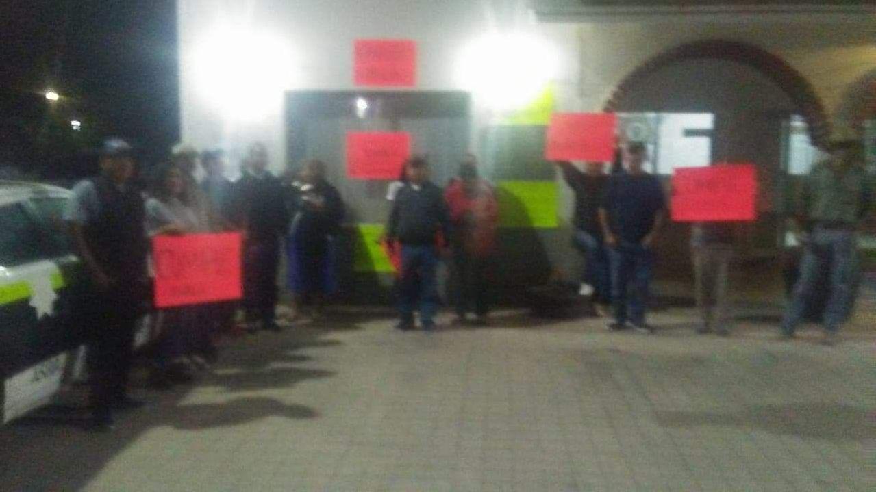 Toman residentes de El Porvenir delegación - Cadena Noticias