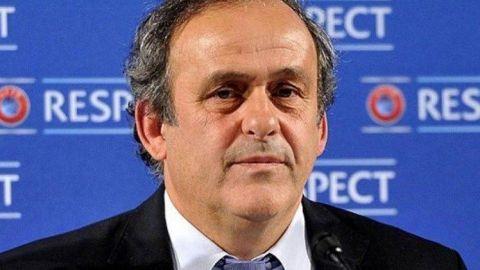Comité de FIFA quiere que Platini devuelva pagos