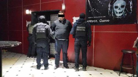 Catean en Tijuana antro Cuervo Bar Nails por narcomenudeo, dos detenidos