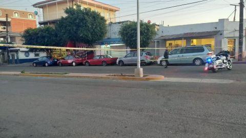 Asesinan a dos en la calle Coahuila