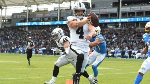 Chargers cae ante Raiders en último juego en Carson