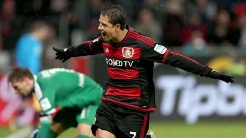 ''Chicharito'', en el mejor equipo latino de la década en la Bundesliga