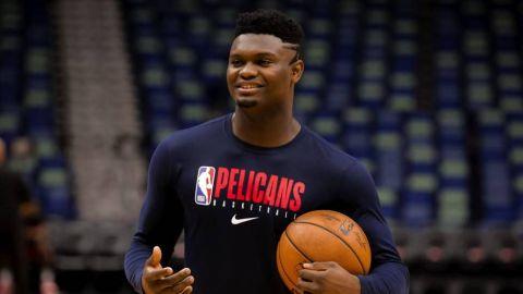 Zion Williamson completó el primer entrenamiento tras su lesión