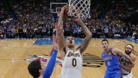 Sin LeBron y Davis, Lakers vencen al Thunder