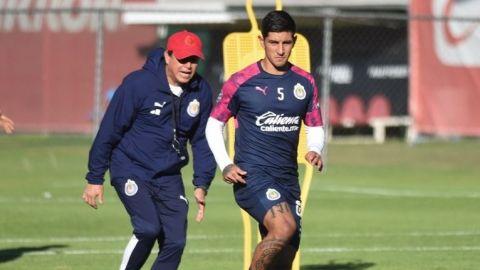 Chivas anula contrato de Víctor Guzmán y regresará a Pachuca